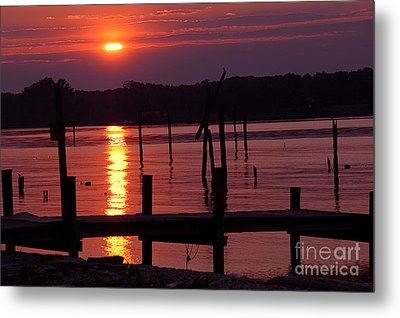 Sunset At Colonial Beach Metal Print by Clayton Bruster