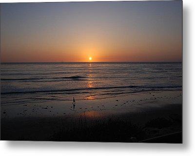 Sunset At Eljio Beach California Metal Print by Susanne Van Hulst