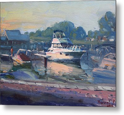 Sunset At Kellys And Jassons Boat Metal Print