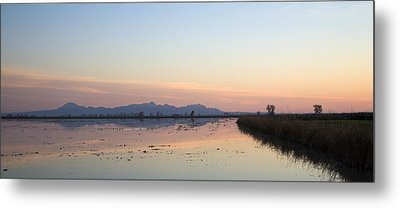 Sunset At Sutter Buttes Metal Print by Charlie Osborn