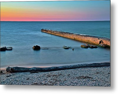 Metal Print featuring the photograph Sunset Beach On Lake Erie by Frozen in Time Fine Art Photography