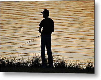 Metal Print featuring the photograph Sunset Fishing by Teresa Blanton