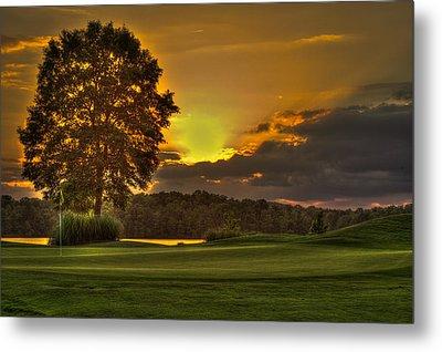 Sunset Hole In One The Landing Metal Print by Reid Callaway