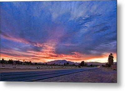 Sunset In The Desert Metal Print by Ches Black