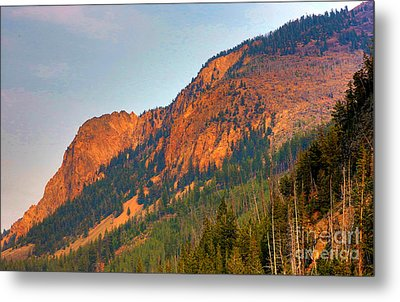 Metal Print featuring the photograph Sunset Mountains by Robert Pearson