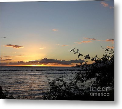Sunset Off Lipoa Metal Print by Fred Wilson