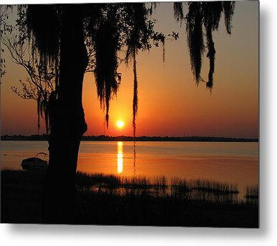 Sunset On Lake Minneola Metal Print by Peg Urban