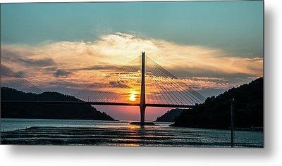 Sunset On The Bridge Metal Print by Hyuntae Kim