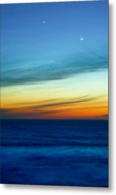Sunset On The Pacific Metal Print by Dale Stillman