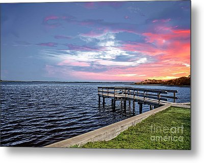 Sunset On The Pier Metal Print by Richard Burr