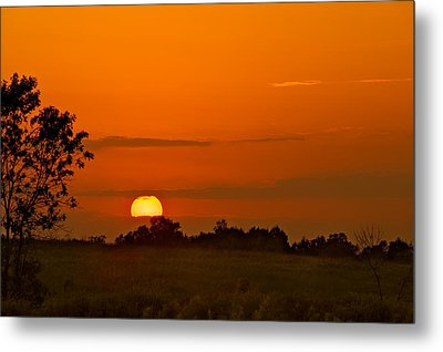 Sunset Over Horicon Marsh Metal Print by Steve Gadomski