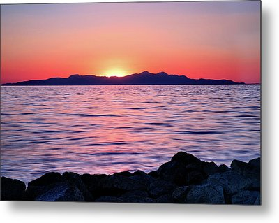 Sunset Over The Great Salt Lake Metal Print