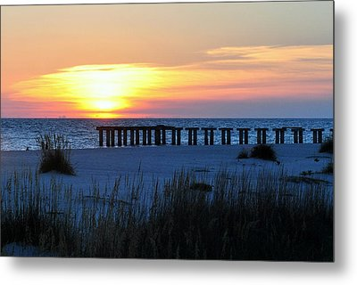 Sunset Over The Gulf Of Mexico Metal Print by Steven Scott