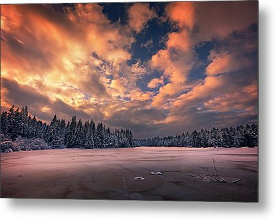Sunset Over The Pound Metal Print by Dominique Dubied