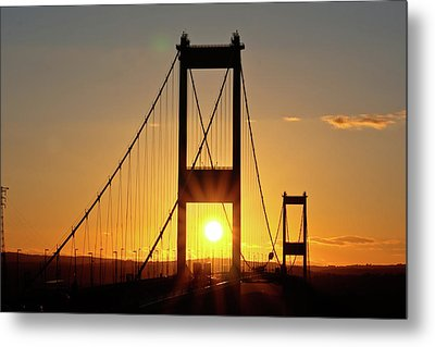 Sunset Over The Severn Metal Print by Brian Roscorla