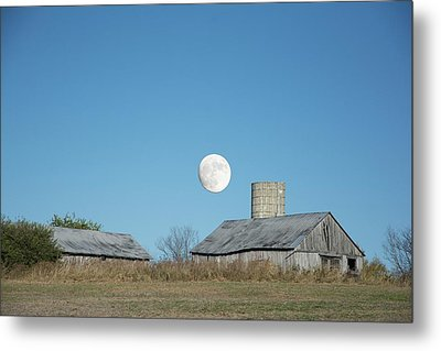 Super Moon Barn Metal Print