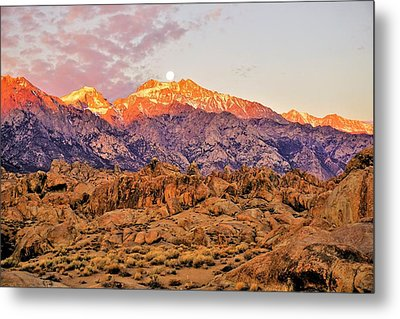 Supermoon Setting At Sunrise In The Sierra Nevada Mountains Metal Print