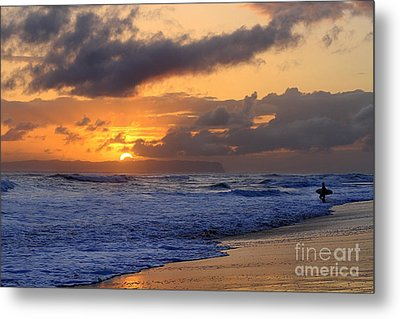 Surfer At Sunset On Kauai Beach With Niihau On Horizon Metal Print