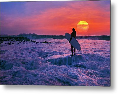 Surfer On Rock Looking Out From Blowing Rocks Preserve On Jupiter Island Metal Print