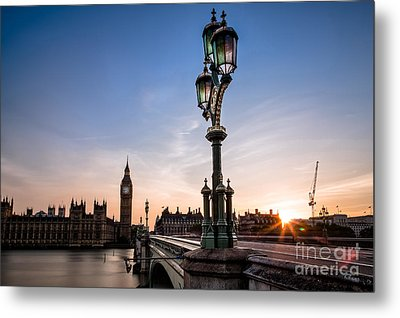 Swapping Lights Metal Print by Giuseppe Torre