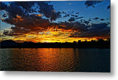 Metal Print featuring the photograph Sweet End Of Day by Eric Dee
