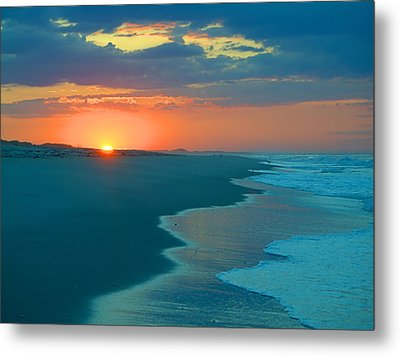 Metal Print featuring the photograph Sweet Sunrise by  Newwwman