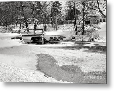 Swimming Hole At Bristol Dam In Winter Metal Print
