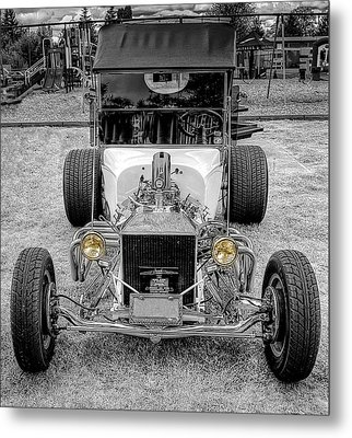 T Bucket Metal Print by Thom Zehrfeld