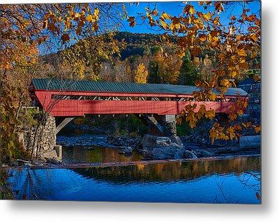 Taftsville Covered Bridge In Autumn Colors Metal Print by Jeff Folger