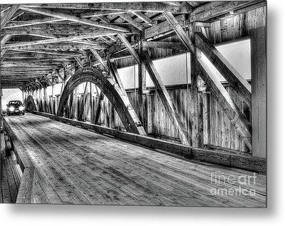 Taftsville Covered Bridge Metal Print by Steve Brown