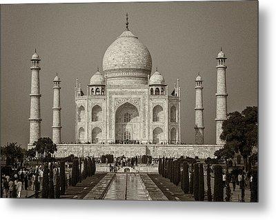 Taj Mahal Metal Print by Hitendra SINKAR