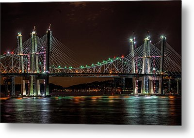 Tale Of 2 Bridges At Night Metal Print