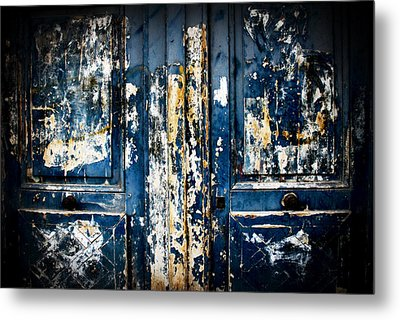 Tangled Up In Blue Metal Print by Cabral Stock
