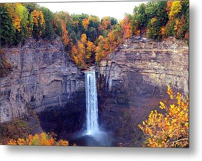 Taughannock Waterfalls In Autumn Metal Print by Paul Ge