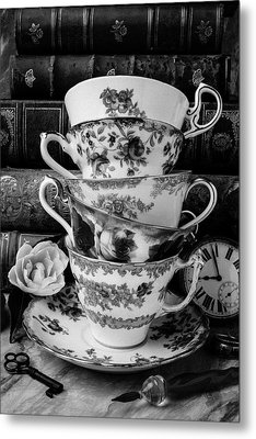 Tea Cups In Black And White Metal Print by Garry Gay