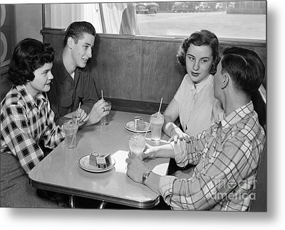 Teen Couples At A Diner, C.1950s Metal Print