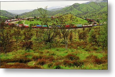 Tehachapi Train Loop Metal Print