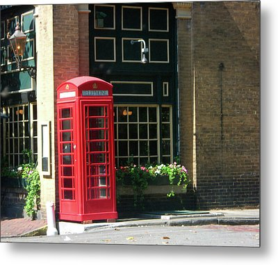 Telephone Booth Metal Print by Michael McKenzie