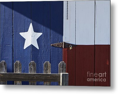 Texas Flag Painted On A House Metal Print by Jeremy Woodhouse