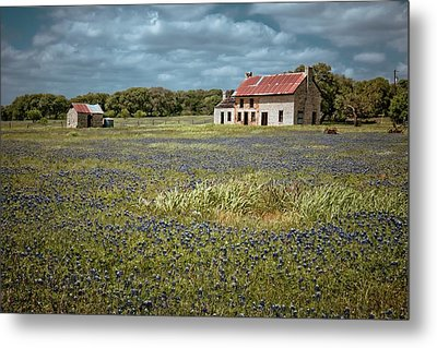 Metal Print featuring the photograph Texas Stone House by Linda Unger