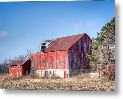 The Abandoned Barn Metal Print by Nick Mares