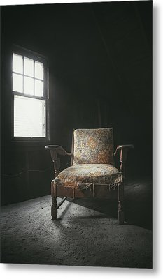 The Armchair In The Attic Metal Print by Scott Norris