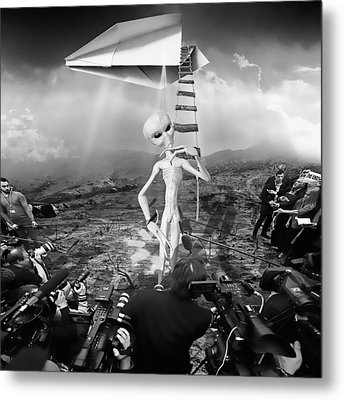 The Arrival Black And White Metal Print