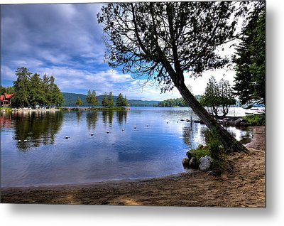 Metal Print featuring the photograph The Beach At Covewood Lodge by David Patterson