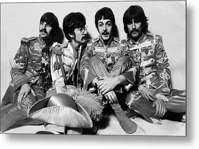 The Beatles Sgt. Pepper's Lonely Hearts Club Band Painting 1967 Black And White Metal Print