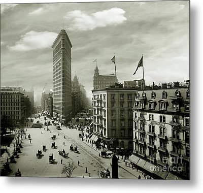The Beautiful Flatiron Building Circa 1902 Metal Print