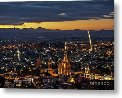 The Beautiful Spanish Colonial City Of San Miguel De Allende, Mexico Metal Print