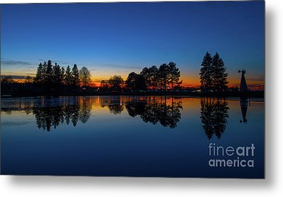 The Blue Hour.. Metal Print by Nina Stavlund