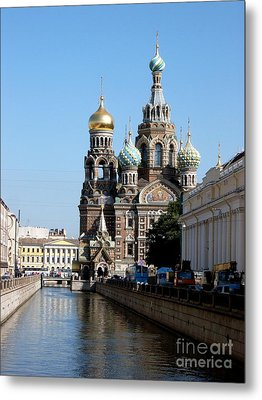 Metal Print featuring the photograph The Church Of The Spilled Blood by Robert D McBain