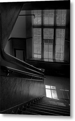 The Conversation Window Metal Print by David Patterson